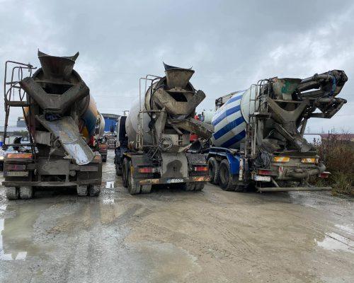 Turnare beton stalpi centuri